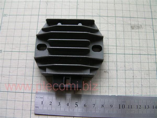 マジェスティ250 MAJESTY 中国社外 レギュレーター 4HC 5ピン