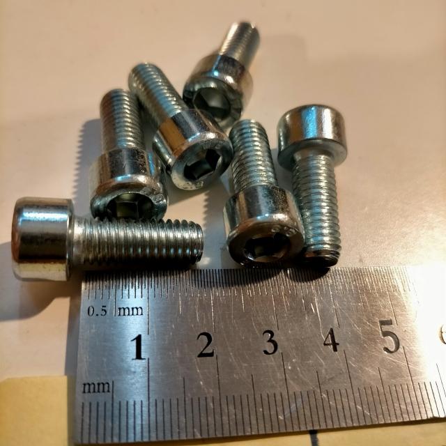 キャップボルト M8 p1.25 20mm 細めピッチ ヴェクスター マフラー エキゾースト口用 などに