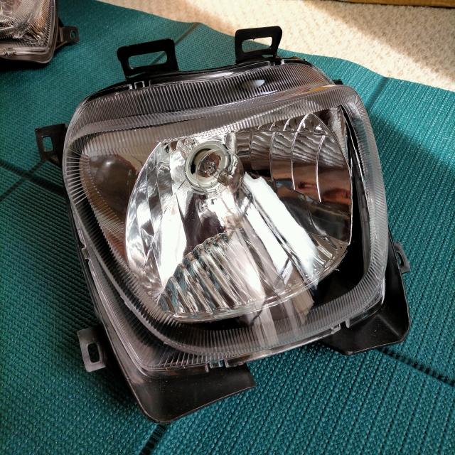 スペイシー125 JF04 フロント ライト レンズ アッシ クリア マルチリフレクタ 1灯式 中国社外