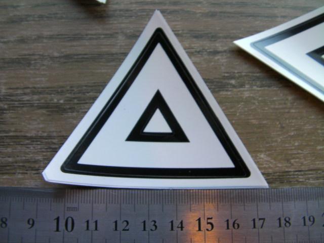 原付2種 三角 シール  7cm  光沢 カットつき 薄型 中国社外
