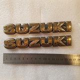 GN250 SUZUKI エンブレム タンク用 ネジつき  純正 中国 ゴールド 2個セット